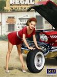 Masterbox Models - 1950-60's Girl in Mini-Skirt Leaning Over