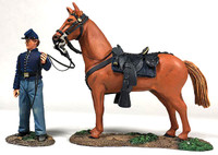 Wm. Britain Federal Orderly Holding Horse