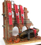 Dioramas Plus - Fall of Berlin German Street Scene Ruined Building Front w/Base