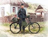 Master Box Models German Soldier w/Bicycle 1939-42