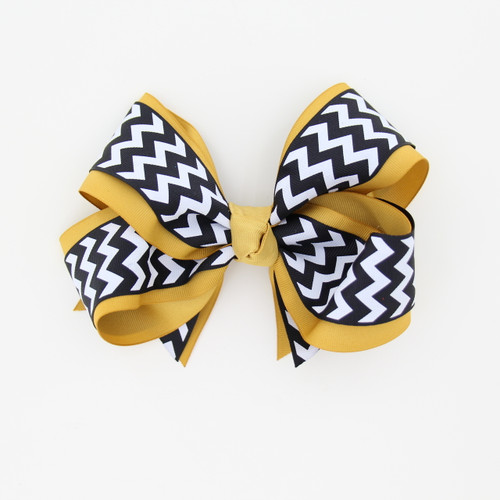 """Item No.:dgcchev   Size: 7""""X5""""  Color: A.Gold/Navy Chevron  Center: Cone  Ribbons Size: 2 1/4""""/ 1 1/2""""  Type of Clip: French Clip  MADE IN USA"""
