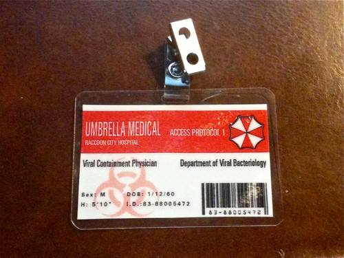 Resident Evil, Milla Jovovich, Viral Containment Badge