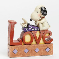 ENESCO Jim Shore Peanuts Snoopy LOVE Letter Word Figure  #4042379 NEW Box