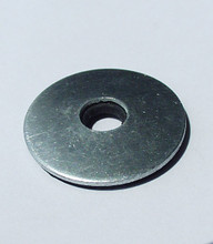 Gasket Washers Support polycarbonate panels on center points when no outside bar capping is used.