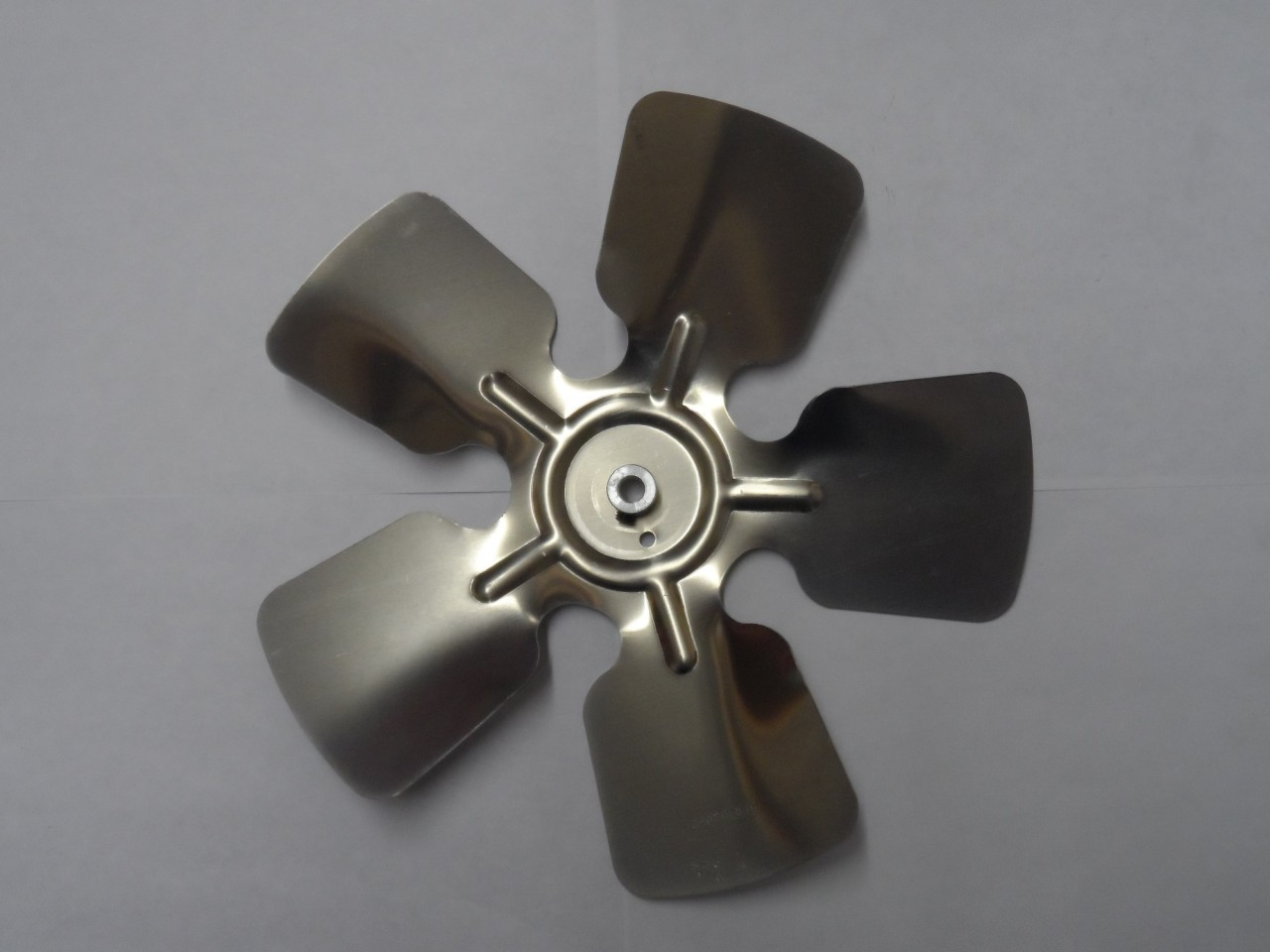926CCWB 9 Fan Blade (CCW 5/16 Bore) #787353