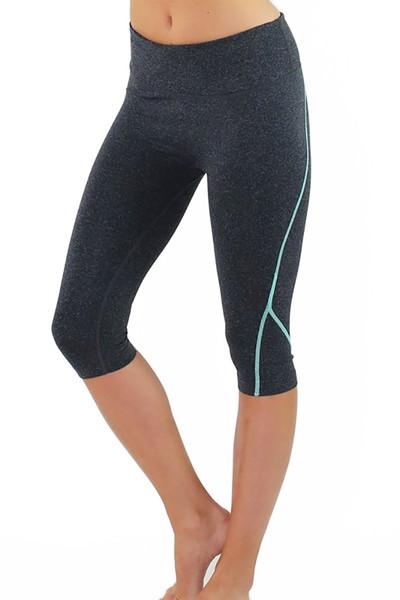 Linear Women's Fitness Capris