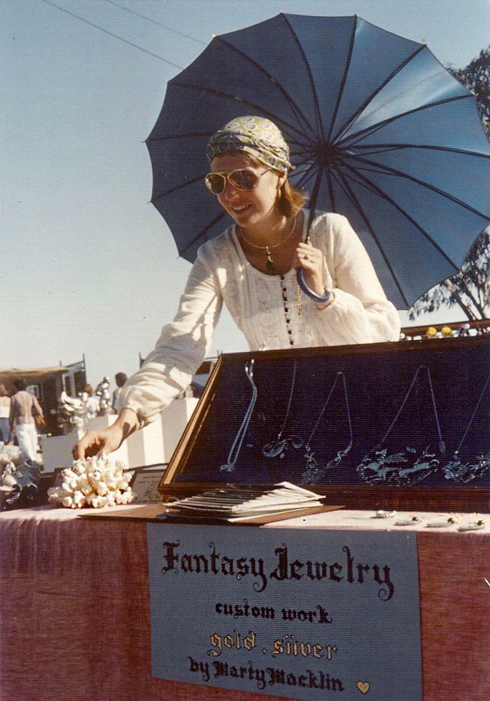 early-fantasy-jewelry-booth-1976-1-edited.jpg