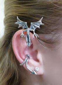 Curious Drachen Ear Wrap Silver