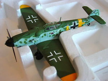 "ME-109G-6 Messerschmitt Luftwaffe 11/JG52 ""Yellow 8"""