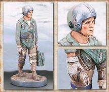 """Sculpted Figures """"Combat Pilot"""" Garman Sculptures GAR-G2150"""