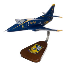 A-4 SKYHAWK BLUE ANGELS 1/26
