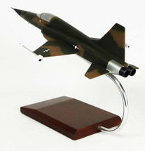 F-5E TIGER II 1/40
