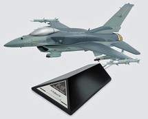 F-16C FALCON 1/40 BLOCK 60