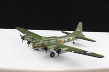 B-17 Bomber Memphis Belle 1:144
