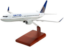 United Boeing 737-800 Display Model