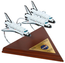 SPACE SHUTTLE (3 ACTIVE) COLLECTION 1/200