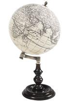 Trianon Globe Authentic Models