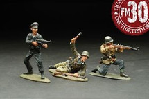 Attacking German Infantry Figure Set