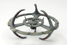 Orbital Docking Station Starfleet, Deep Space Nine, w/Magazine