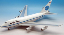 PAN AM B747SP-21 N540PA China Clipper with stand