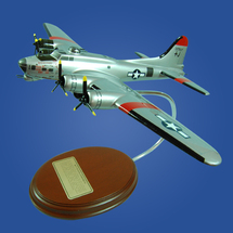 "B-17 Flying Fortress ""Carolina Moon"""