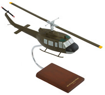 UH-1D IROQUOIS 1/32