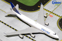 United B747-400 N105UA Gemini Diecast Display Model