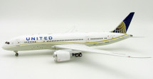 United Airlines Boeing 787-8 Dreamliner N26906 With Stand