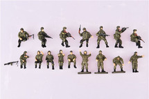 16-Piece Crew and Soldier Set Modern Russia, Green (Plastic)