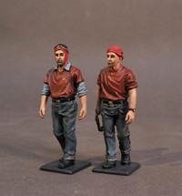 Aircraft Carrier Flight Deck Crew, 2 Ordnancemen Walking (2pcs)