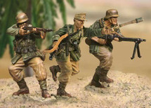Afrika Korps German Grenadier Assault Team MIB, 3 figures