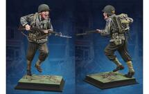 U.S. Ranger at Pont Du Hoc, single 1:6 scale figure (acrylic case not included)