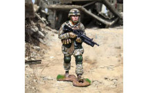 US Marine Advancing, single figure
