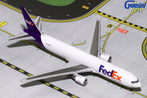 FedEx B767-300F N103FE Gemini Diecast Display Model