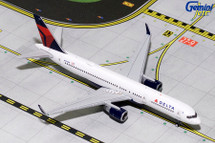 Delta Air Lines 757-200, N551NW Gemini Diecast Display Model