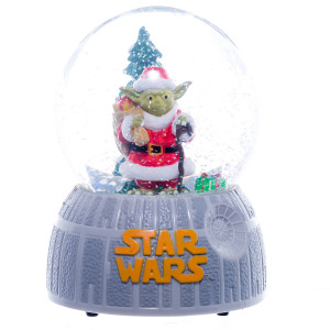 Yoda Santa Star Wars Snow Globe