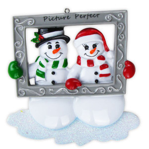Snow Couple Holding Frame - Personalized Ornament