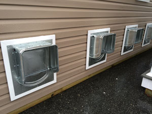 Humane society inspector declares k 9 kondo dog dens best for Best dog door for winter