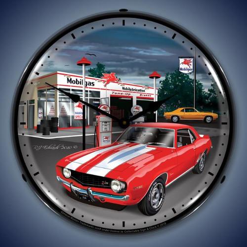 Vintage-Retro  1969 Camaro Mobilgas Lighted Wall Clock