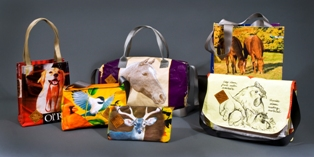recycled-feed-bag-totes-2.jpg
