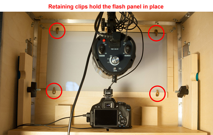 details-of-flash-panel-retaining-clips.jpg