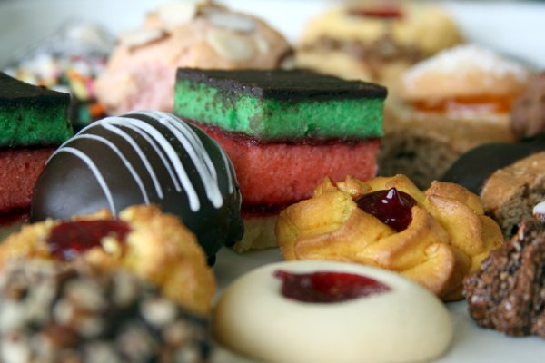 Best_Italian_Bakery_Italian_Cookies_www.scordatobakery.com.JPG