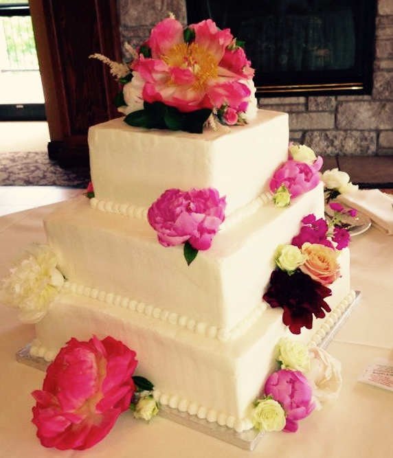redone-wedding-cake.jpg