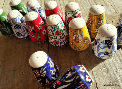 Hand painted ceramic Salt & Pepper shakers.  Made in Turkey.