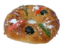 Bolo de Rei / Kings Cake/ 2lb. ; 9 inch. Crystalized fruits