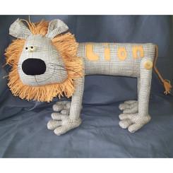 """Lion: Lionel the """"Lion"""""""