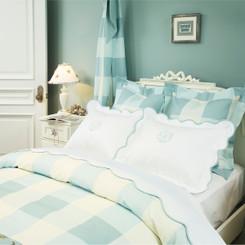 Ariel's Bedding