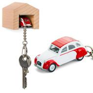 Citroen 2CV Dolly keyring with beech wood garage