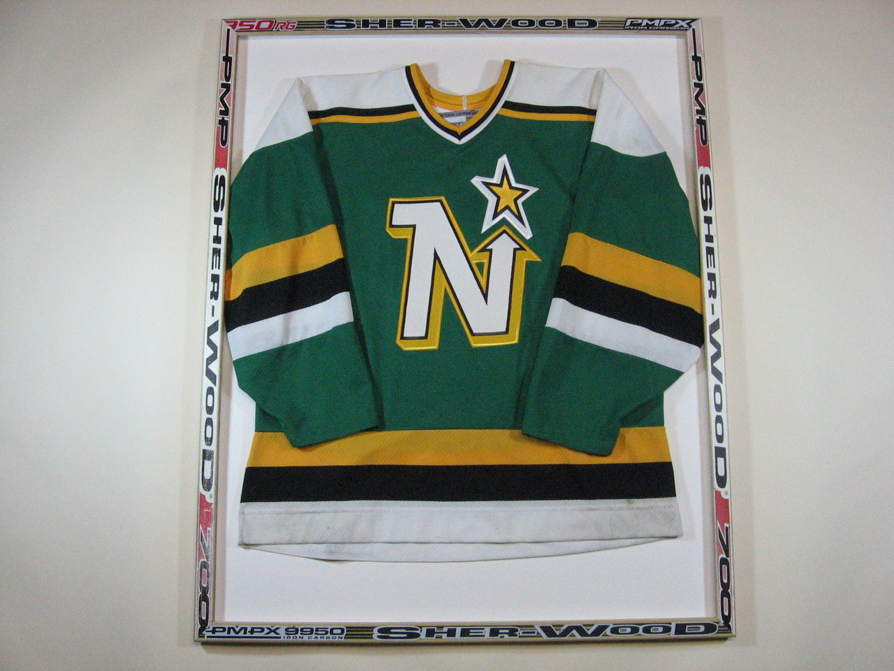 Minnesota Hockey Fan Holiday Gift Guide | Zone Coverage