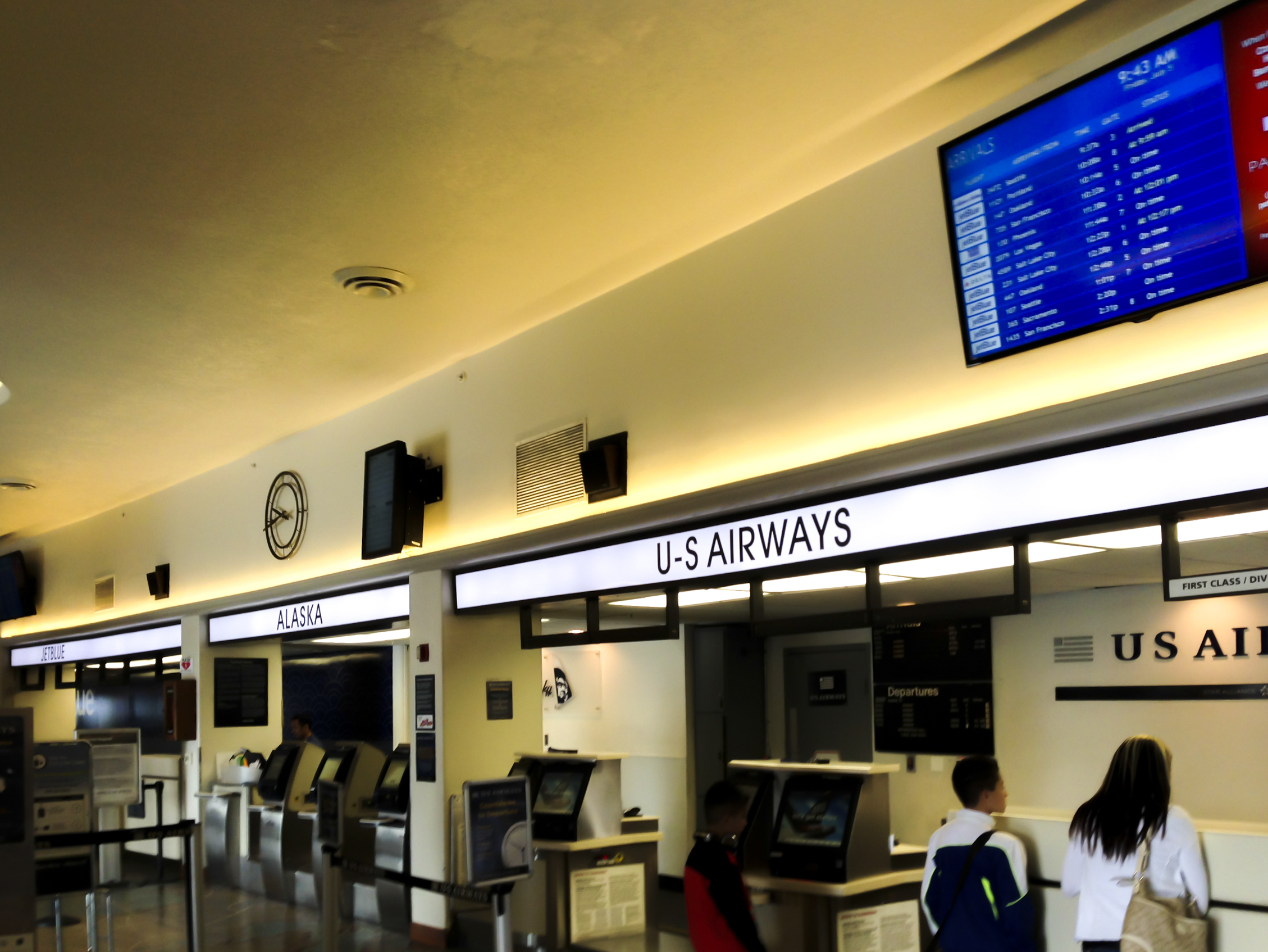 Long beach airport terminal LED install by Flexfire LEDs